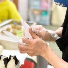 食堂自粛中もお弁当を配食 伊藤さんのやさしい手で作られる、池田こども食堂さくらのお弁当