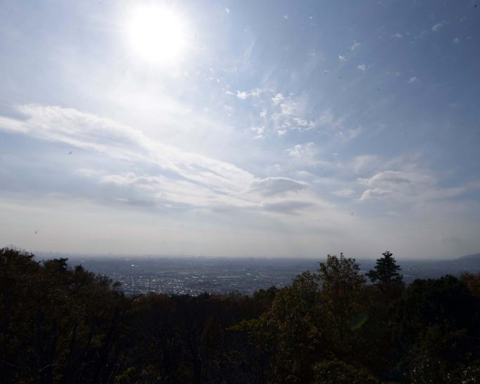 大阪平野を一望できる「日の丸展望台」