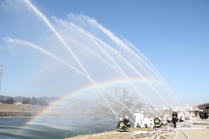 【2017年1月8日(日)】消防出初式開催!! 消防車と写真撮影もできる♪