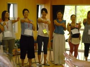 池田市が、しぶたに学園あおぞら幼稚園『親学習』の取組みを公表しています。