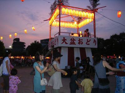 『石橋まつり』で子供みこしや盆踊りを楽しもう!