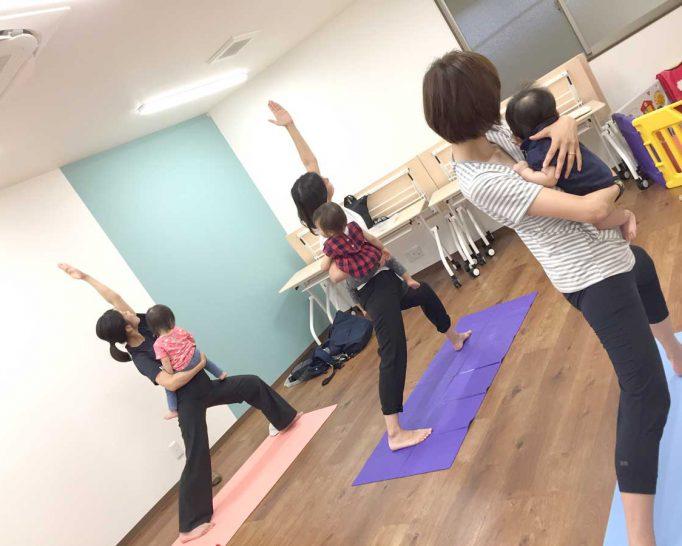 ママと子どものヨガ・足育教室 Yoga*Linola 石橋クラス